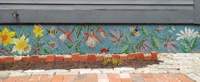 Lisa Jones Patio Mosaic right side